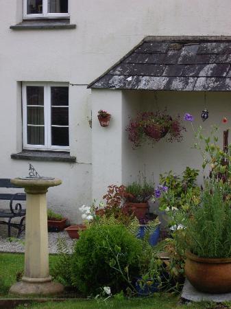 Lavender Cottage: The entrance