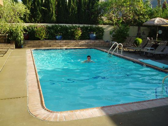 Old Ranch Inn: The pool