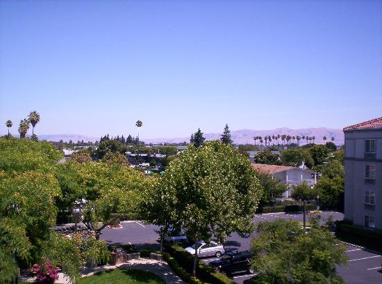 Larkspur Landing Sunnyvale : View from our balcony on 4th floor