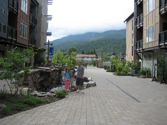 Silver Mountain Resort Lodging: Hotel grounds