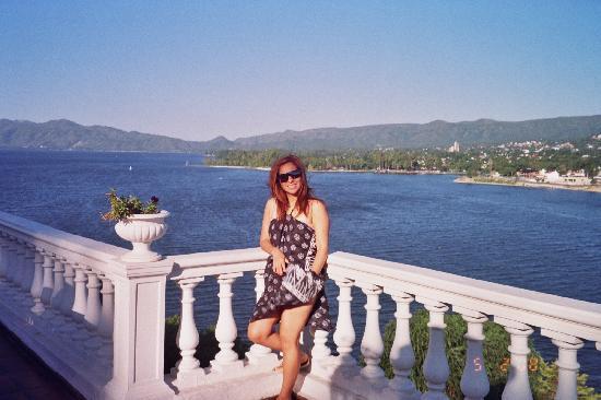 Hipocampus Resort: vista al río y lago San Roque