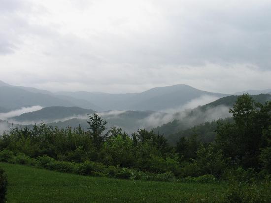 The Highlands Condominium: smoky view