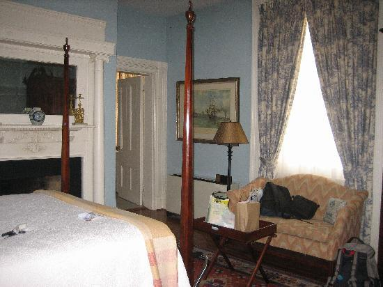 200 South Street Inn: Ground floor room