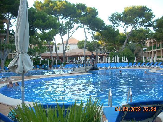 Zafiro Cala Mesquida: pool area
