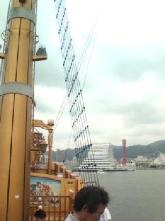 Kobe Harborland: 遊覧船からの眺め