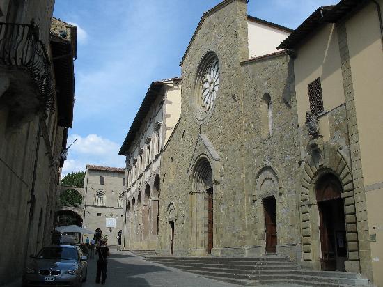 Sansepolcro, Italia: Duomo - S. Giovanni Battista