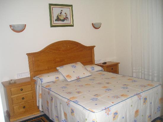 Hotel Gaivota: una habitación de matrimonio de 1'50 para nosotros, aunq sin vistas al mar