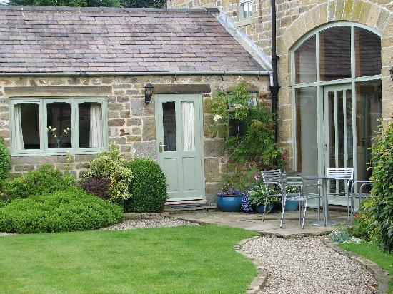 Cowscot House: Cowscot courtyard