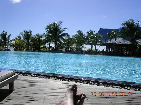 Victoria Beachcomber Resort & Spa: La piscina