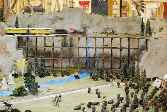 Old West Miniature Village and Museum: Train @ miniature village