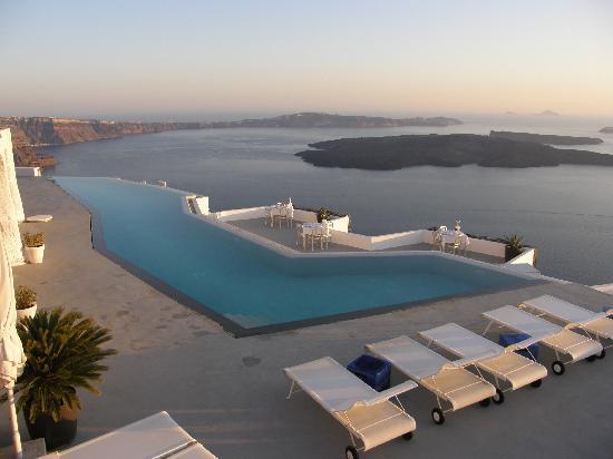 Grace Santorini Hotel: Main pool No 2