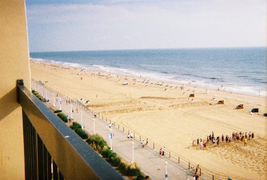 Virginia Beach Boardwalk: Beach/Boardwalk