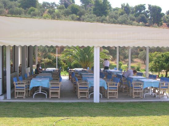 Troulos Bay Hotel: restaurant