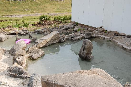 """Heydalur Guesthouse: The """"hot tub"""""""