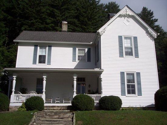 Key Falls Inn-- a Civil War era home