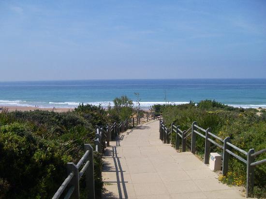 ClubHotel Riu Chiclana : camino de la playa