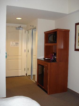 Hilton Garden Inn Ithaca: Microwave And Fridge Station   Hilton Garden Inn,  Ithaca,