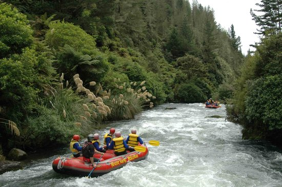 River Rats Raft & Kayak: Roll'n down the river