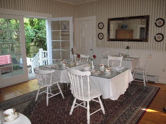 Ashley Inn Bed and Breakfast: Dining Area