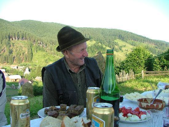 Hilde's Residence: Dinner with the shepherds