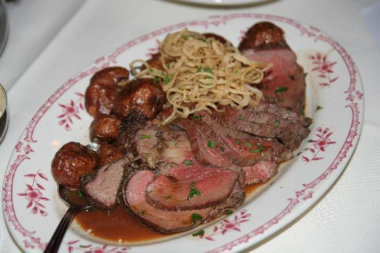 Maggiano's Little Italy : Beef