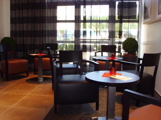 Mercure Thionville Centre : New breakfast room