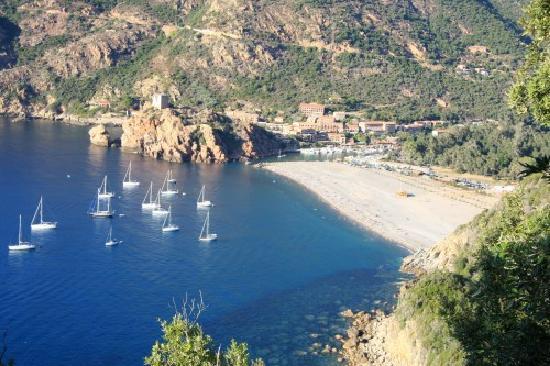 Hotel Brise de Mer : Golf de Porto (vue depuis route vers Piana)