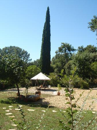 Bastide Valmasque: Garden