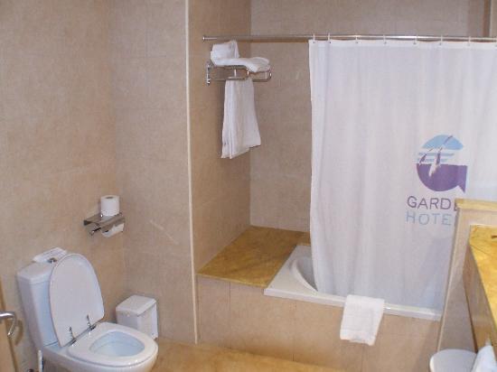 Cabogata Mar Garden Hotel Club & Spa: cuarto de baño