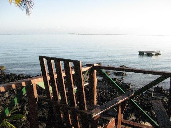 Va-i-Moana Seaside Lodge: Our deck