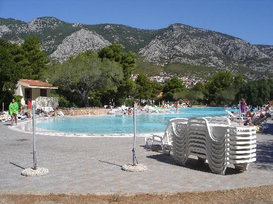 Palmasera Village Resort : veduta della piscina