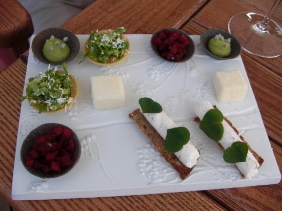 Relais & Chateaux Flocons de Sel : Plateau apéritifs...