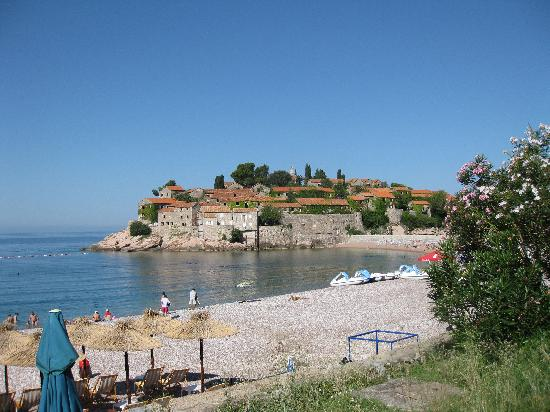 Sveti Stefan, Montenegro: view of the beach below the hotel