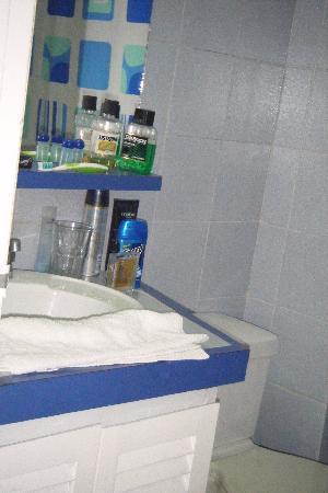 Margabella Suites: El Baño