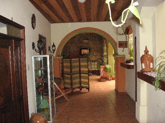 Casa Dona Mercedes: Downstairs Common Area
