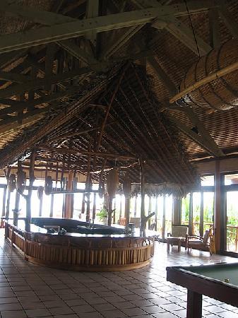 Hilton Moorea Lagoon Resort & Spa: Bar