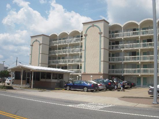 Royal Clipper Inn And Suites Virginia Beach Va Reviews