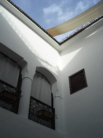Riad Noor Charana: Murs blanc immaculé font le charme de l'endroit