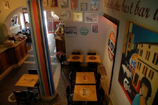 On The Rox Trastevere: Brids'eye view from DJ deck