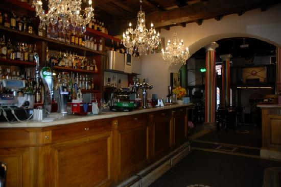 On The Rox Trastevere: Interior view from entrance