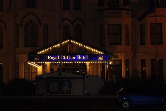 BEST WESTERN Southport Seafront Royal Clifton Hotel & Spa: front view at night.