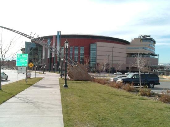 Denver - Pepsi Center