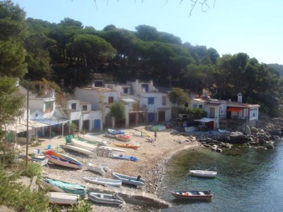 Palamos, สเปน: vers la playa de Castells