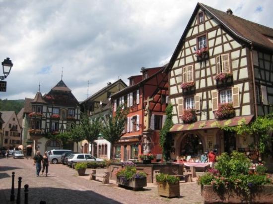 Kaysersberg alsace picture of kaysersberg haut rhin for Hotels kaysersberg