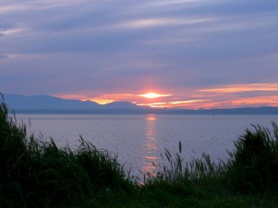 A Nice Sunset At Golden Gardens Beach In Seattle Picture Of Seattle Washington Tripadvisor