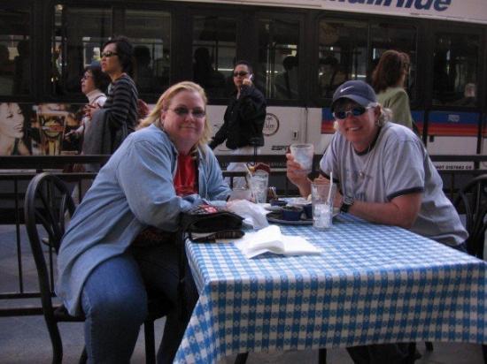 Hard Rock Cafe: Jeannie and me Denver, CO, United States
