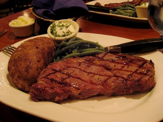 Wrangler Steakhouse at the Furnace Creek Ranch: Death Valley, CA, United States