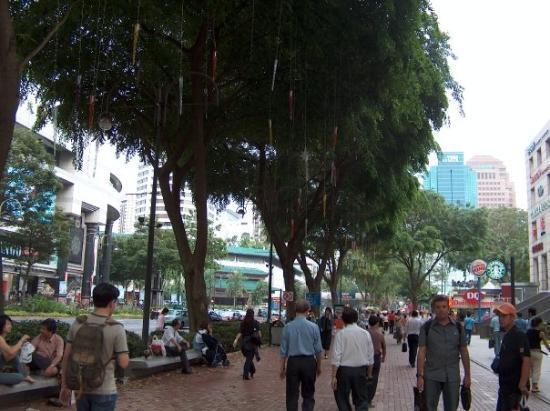 ถนนออร์ชาร์ด: Orchard Road... shopping paradise!!