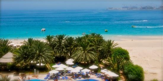 สวนและหาดจูเมร่า: Jumeirah beach (Arabian gulf), Hilton's side