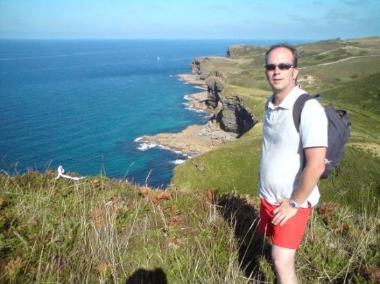 Isla-Quejo. Desde aquella punta del fondo venimos andando. 4 ó 5 kilómetros en hora y media de
